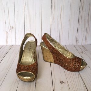 Size 7 Kenneth Cole Reaction Brown Wedges